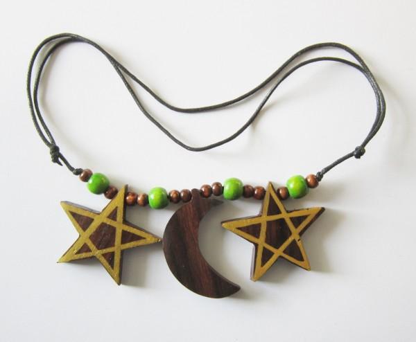 Halskette mit 2 Pentagrammen und Halbmond, aus Holz