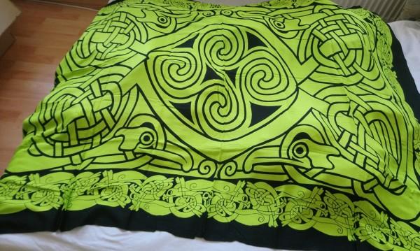 Tuch mit keltischen Mustern grün-schwarz 170x120cm
