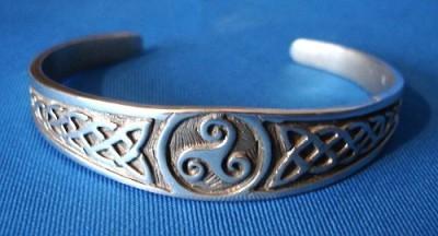 Armreif Celtic Triskell
